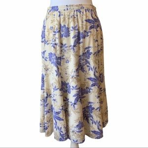 ST JOHN COLLECTION Floral Silk Pleated Skirt